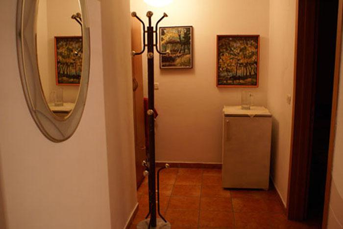 Mirror Dream Studio corridor