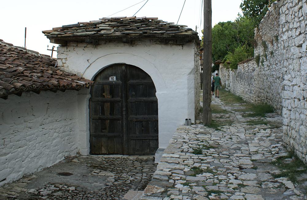 Berat_door