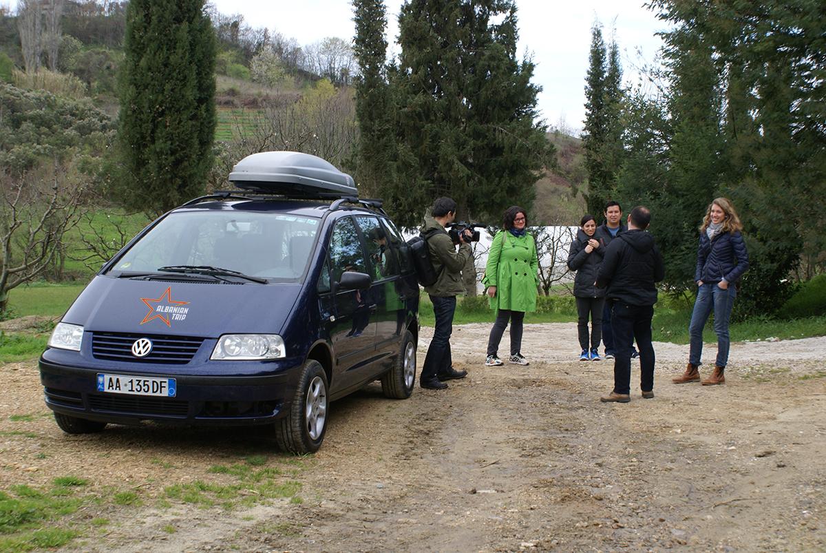 AT_car